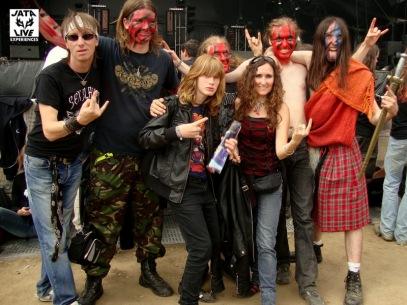 Après le concert de Turisas, petit répit familial avec les die hard fans...