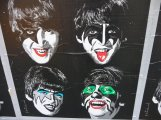 Beatles-Kiss-001